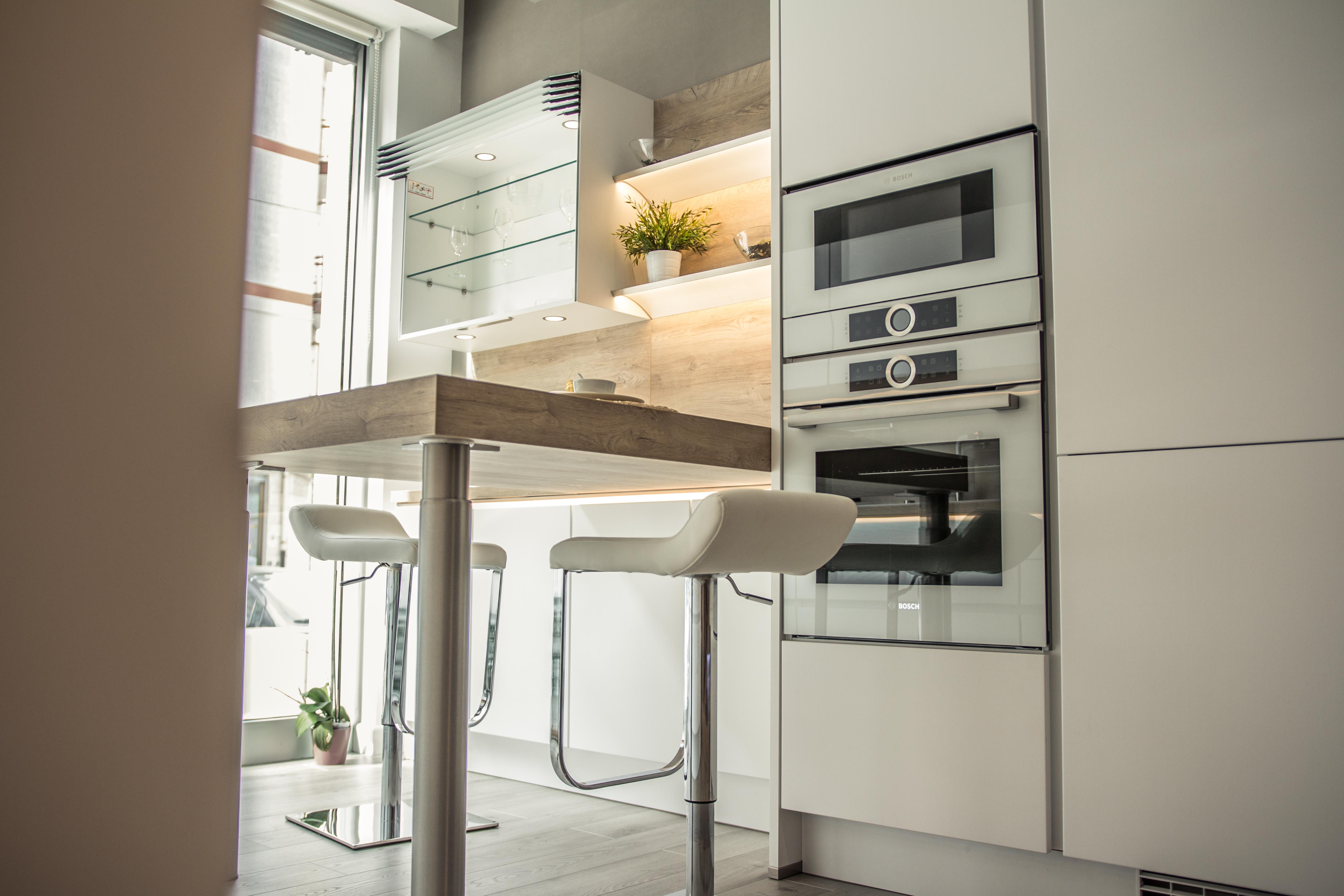 Il design della cucina bianca _SoluzioniCasa Martina Franca